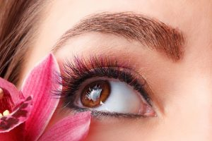 سالن زیبایی در مشهد - آرایش چشم ها