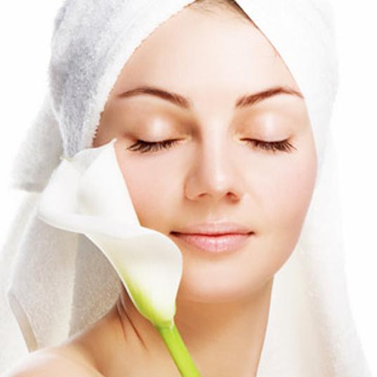 رازهای زیبایی زنان در سالن زیبایی در مشهد بهترین آرایشگاه عروس زنانه در مشهد